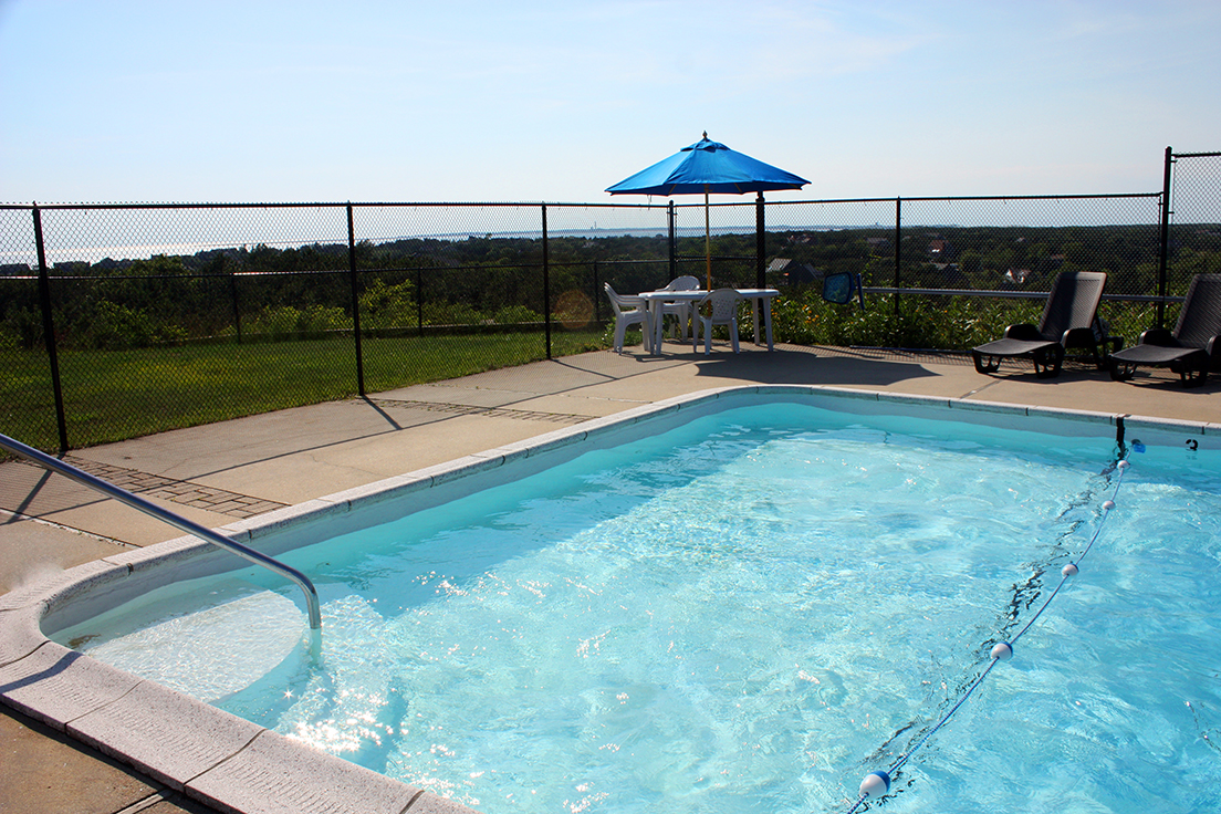 Cape Cod Bay View Motel - Pool